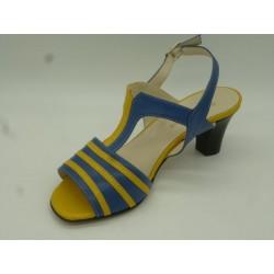 Chaussures ouvertes à talon...